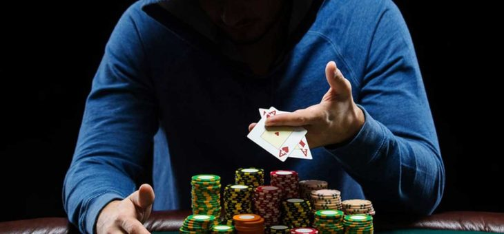 Pros share with you some tips to become great poker player like them